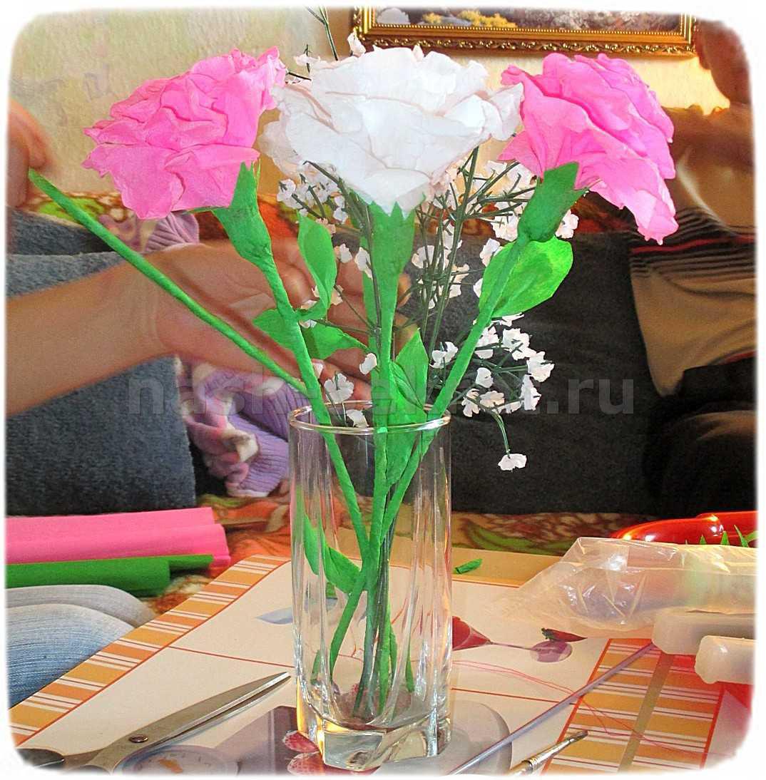 роза из креповой бумаги мк