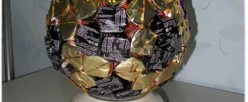 мяч из конфет своими руками