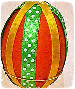 яйцо с ленточками