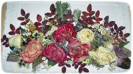 картина из засушенных цветов