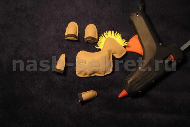 сборка игрушки-лошадки