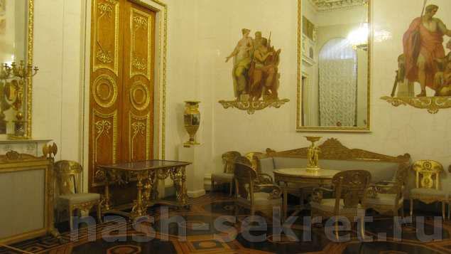 Зал в Русском музее
