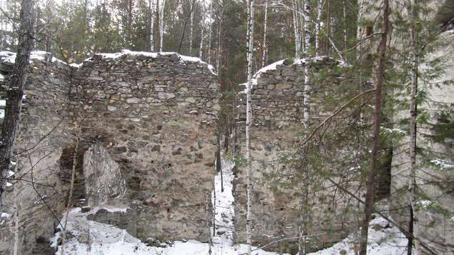 Развалины французского замка
