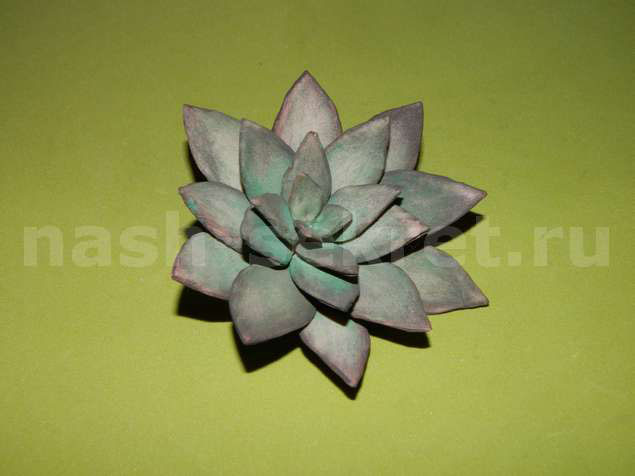 Каменный цветок из фома