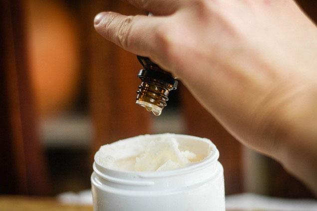 Масло чистотела для лица